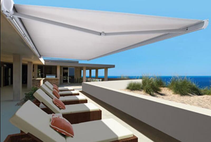 Những mẫu mái che sân thượng đẹp mà An Phát đã thiết kế