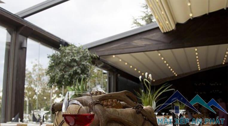 Mái xếp di động có thể dùng ở quán cafe, sân vườn