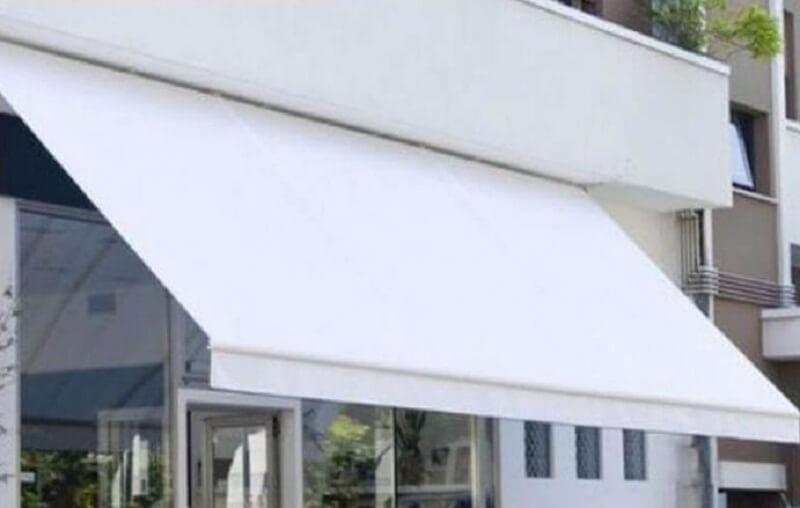 Mái hiên cao cấp màu trắng